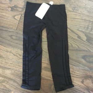 Fabletics workout crop with cutout side detailing